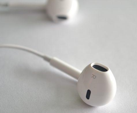 Are Headphones and Earphones Dangerous?